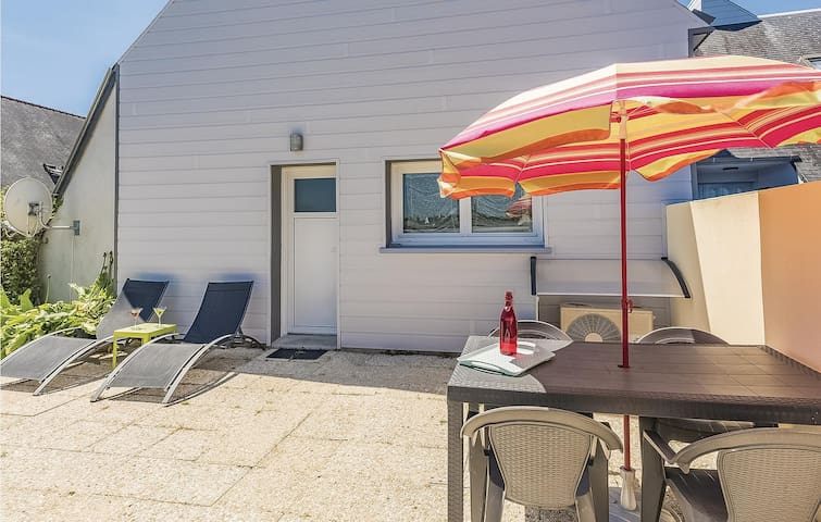 Semi-Detached with 2 bedrooms on 57m² in Penmarc'h