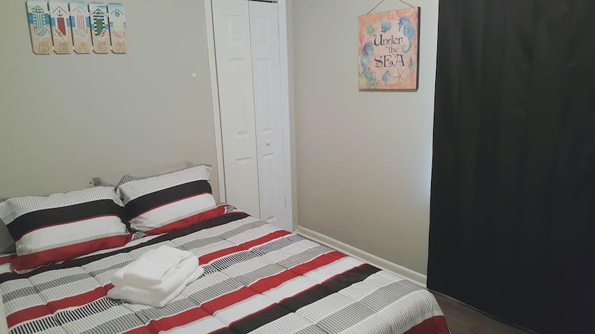 Super Clean & Cozy Beach Style Room 1