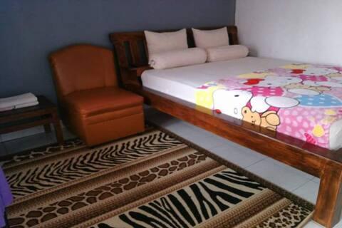 Classy Room at Villa Puri View Inn