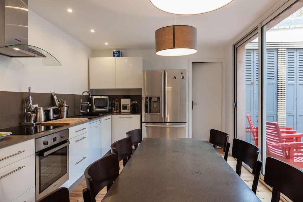 Maison 130m2 terrasse 40m2 huizen te huur in for Maison 130m2