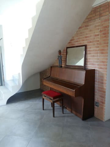 CHAMBRE DANS MAISON - Fréjus - House