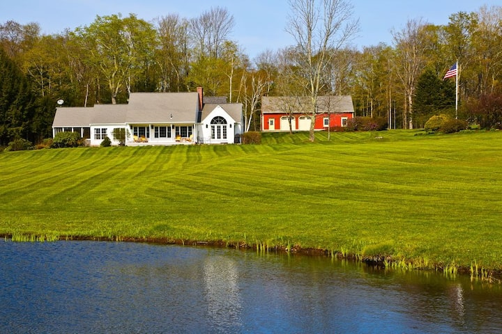 Country Luxury in the Heart of the Berkshires