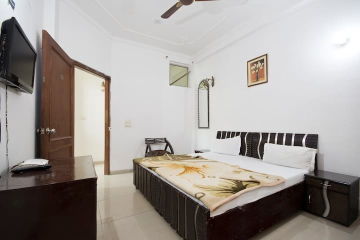Guest house Olivia Residency Room 2 - Gurgaon - Bed & Breakfast