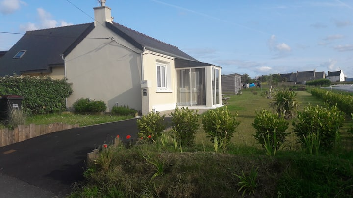 Small house 500 meters from the beach