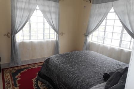 Dble room1 w/ WiFi Nr Bus & Airport - Nairobi