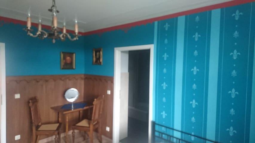 Wunderschönes Zweibettzimmer mit Bad bei Magdeburg