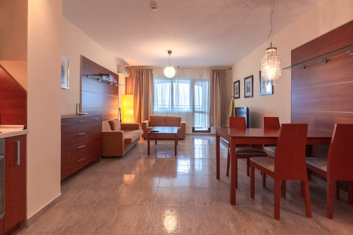 Sea viev apartment for 4-6 people/ high standard