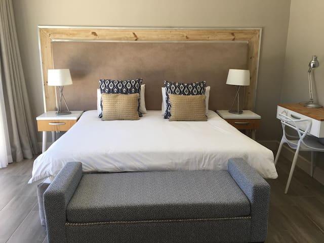African Leisure Hotels - Stellenbosch B2