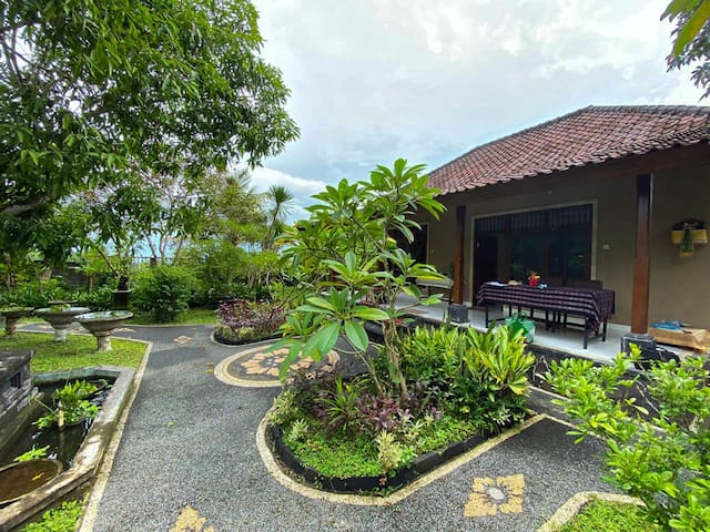 NEW - 2 BR House W/Ricefields View in Karangasem