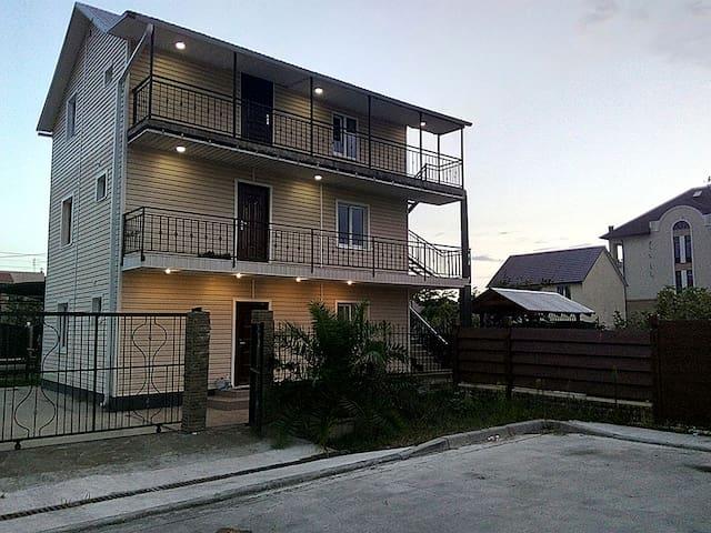 Аппартаменты  на 5 человека 50м.кв.