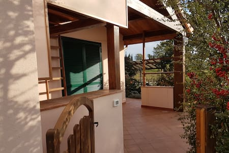 Collelungo di Maremma; agrituirismo piscina tennis - Magliano in Toscana