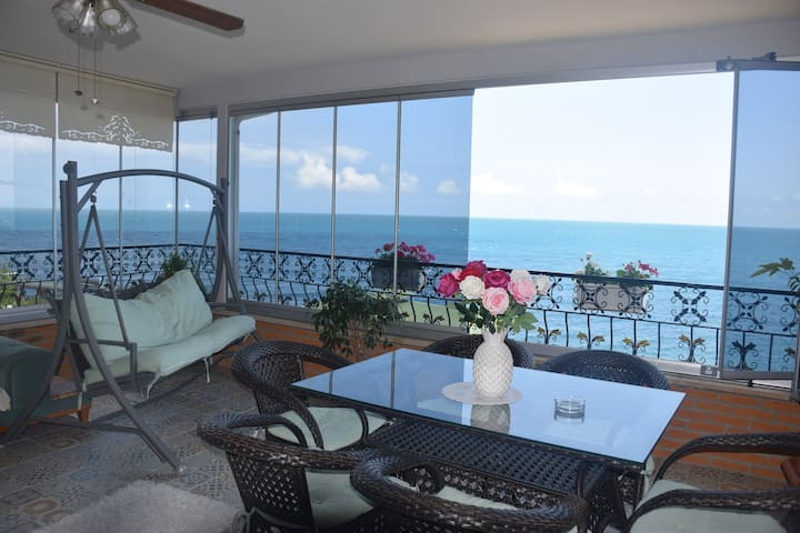 Trabzon My White House 3+1 Terrace sea view suite