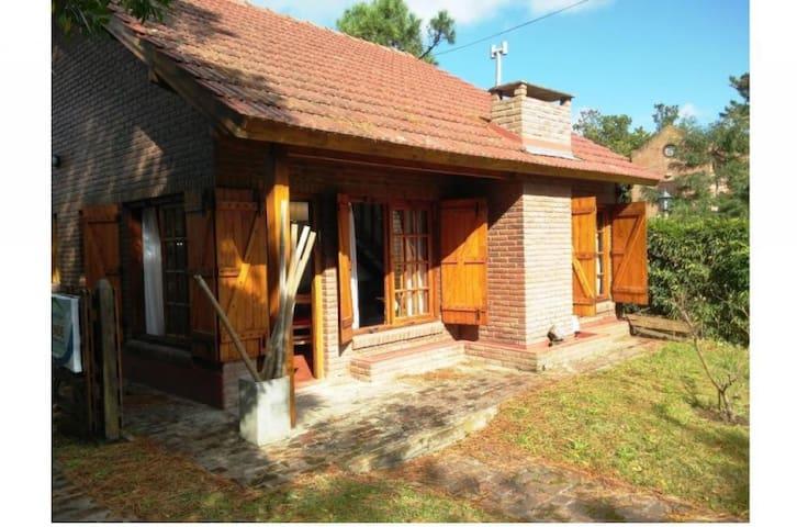 Casa Villa Gesell, Barrio Cerrado Hipocampo.