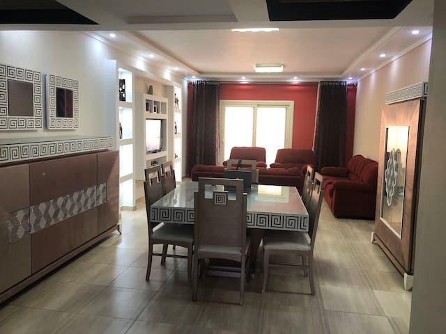 Spring House(King Marriott) (3 bedrooms Apartment)