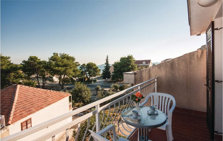 Nice home in Brodarica with WiFi and 1 Bedrooms