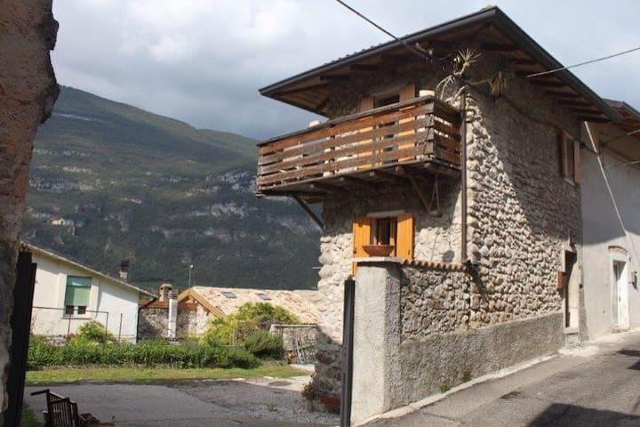 Rustico Val d'Adige