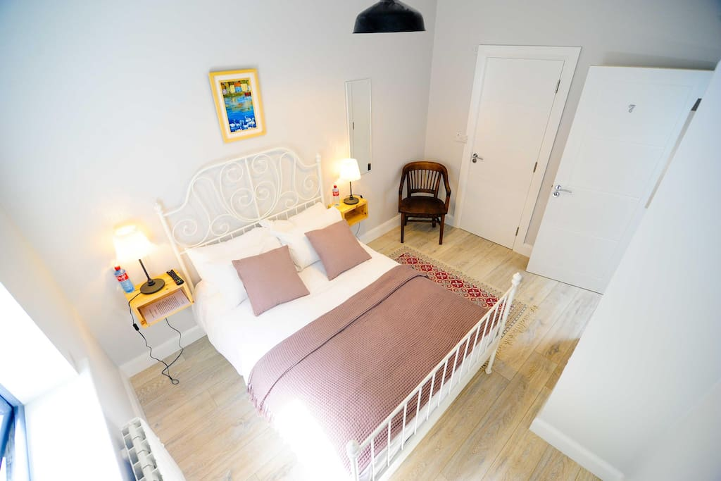 Double Room (Max Occupancy 2 People)