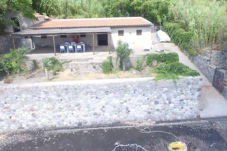LA SPIAGGIA SECCA AB 657 - Lipari