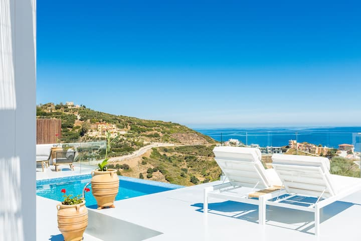 Lili Villa - Panoramic sea view, close to beaches