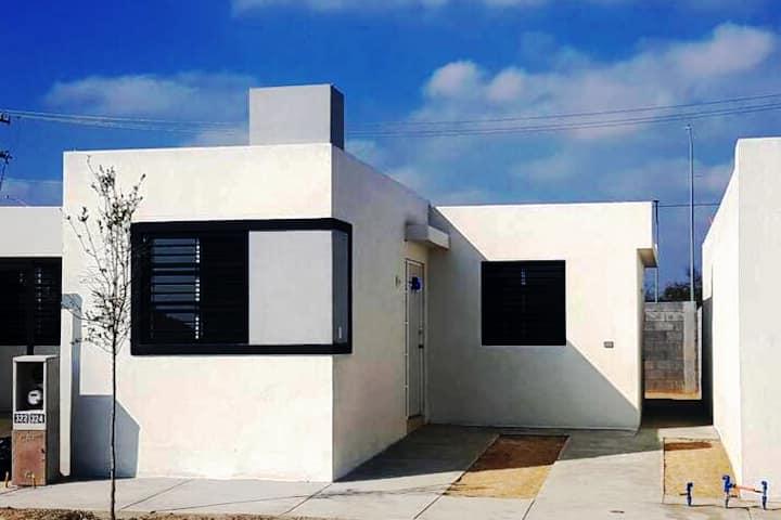 Casa Nueva en Cadereyta  Hab 2