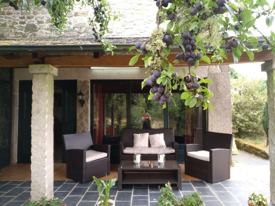 Preciosa casa de piedra en un entorno nico cottage in for Piani casa unico cottage