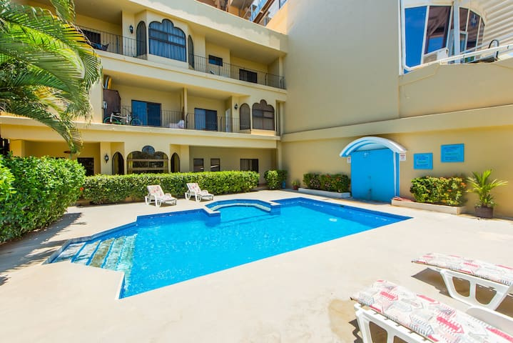 Fantastic 2 Bedroom apartment, new to the market. - Tamarindo - Apartamento