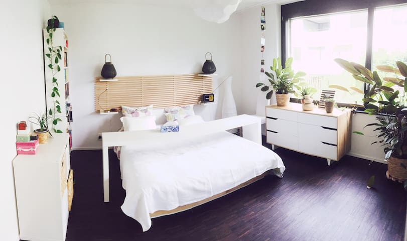Quiet modern garden apartment with free parking - Lucerne - Apartamento