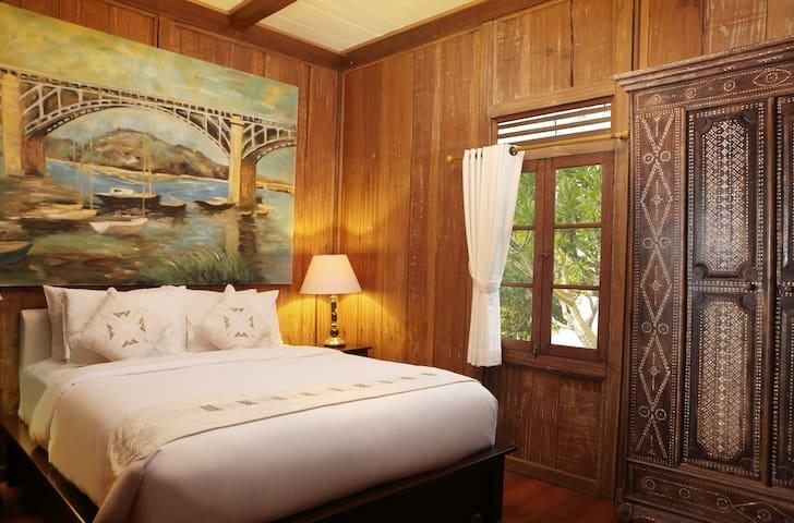 Entire 2 Bedroom Ethnic Villa at Jimbaran