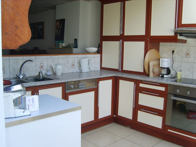 Charming house- Up to 5 people! - Gent - Haus