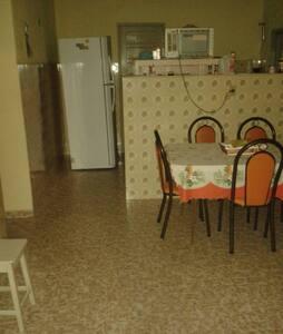 Apartamento até 10 pessoas em Marataízes