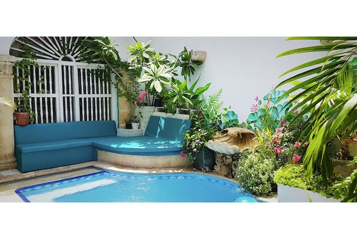 #4 Vibey Colonial Oasis Courtyard Pool & Workspace - Cartagena - Inap sarapan