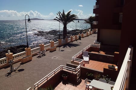 Apto. frente al mar GRAN CANARIA - Taliarte (TELDE) - Apartment