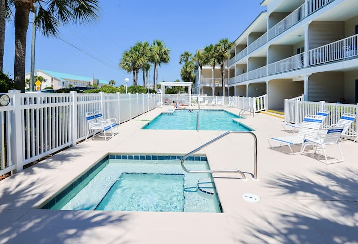 Ground Floor | 25 Yards to Beach - Free Water Park, Fishing, Dolphin Cruise & Snorkeling!