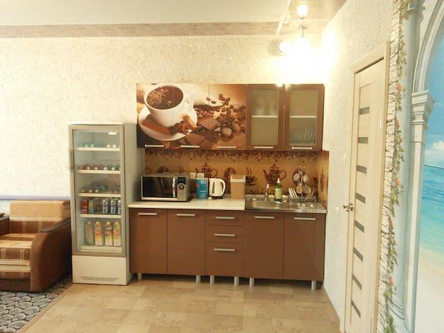 Новый уютный дом с гаражом в доме - Volgogrado - Casa de huéspedes