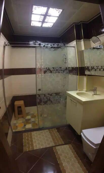 душ туалет 1
