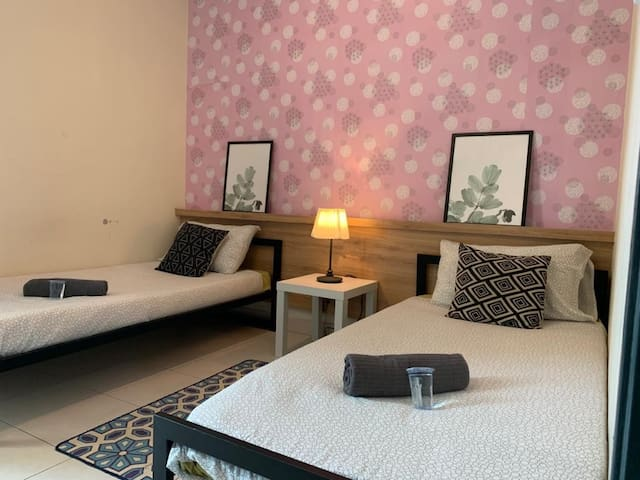 Rania's Mesamall Cozy Bedroom Home | MyIptv B