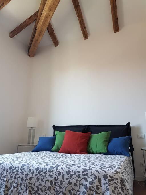 Main bedroom - Camera da letto principale