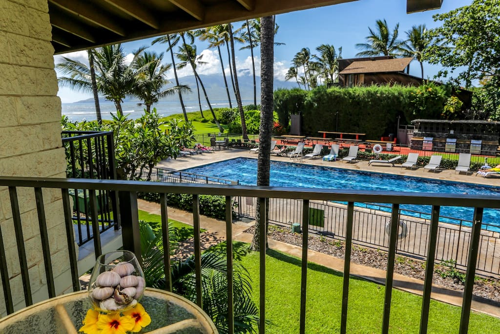 Stunning Ocean view from your private lanai