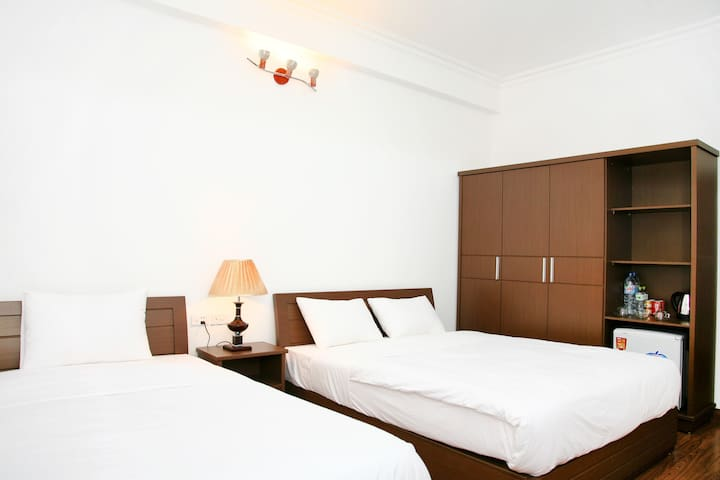Classical Private Room for 3 in Hanoi - Hàng Trống - Apartamento