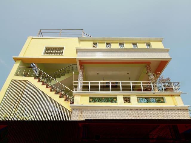 OYO - Serene 1BHK Home, Auroville Beach (Marked Down)