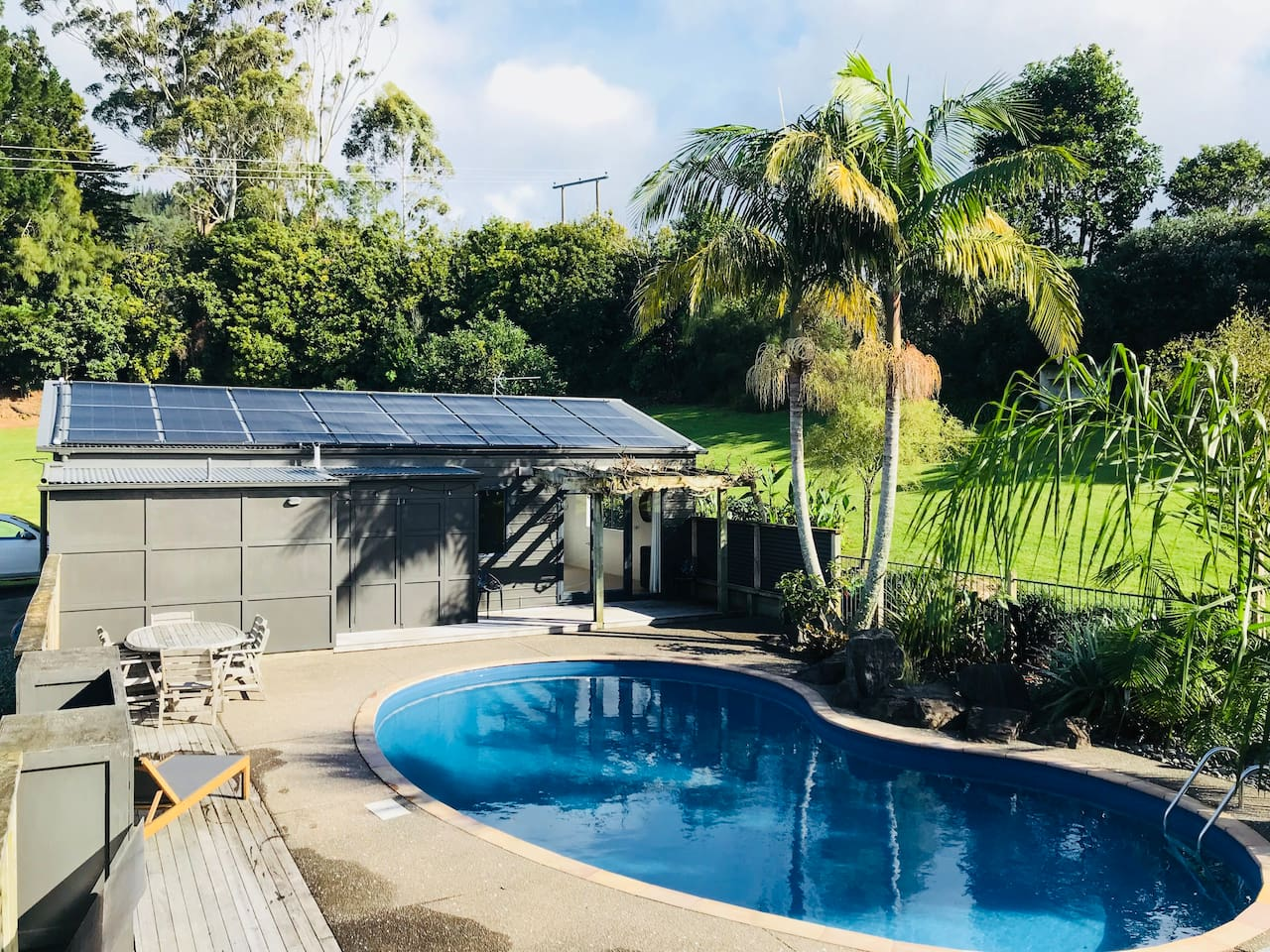 Poolside Guesthouse