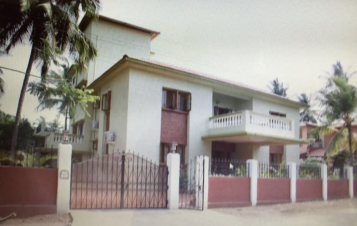 4 BHK deluxe villa 5km from Calangute - North Goa