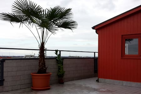 Attico ottavo piano 75 mq + terrazzo - Opera - Wohnung