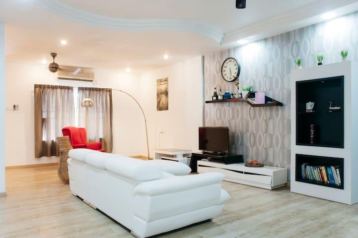 Country Homestay Austin Cottage 27 - Johor Bahru - Dům
