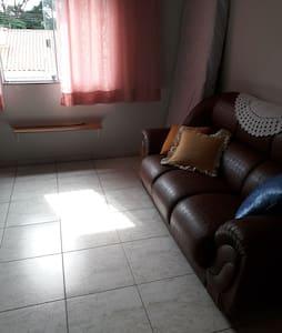 Apartamento bem iluminado, ventilado e sem barulho