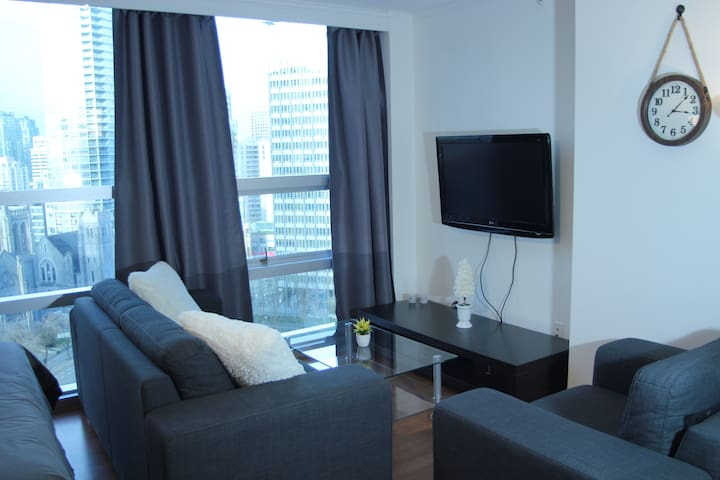 5* STAR Suite! Amazing View+Parking+AC! Downtown! - Vancouver - Apartment