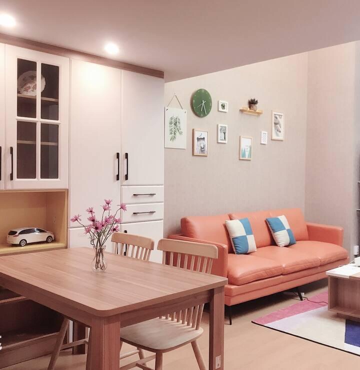 近地铁站/尹山湖、金鸡湖湖景loft公寓