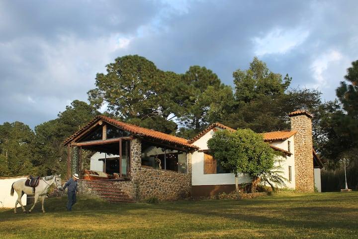 Hermosa Cabaña en el bosque de Tapalpa.