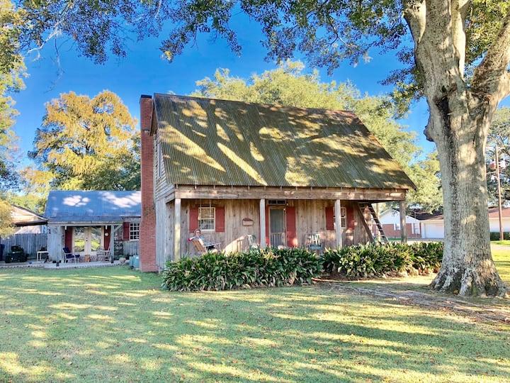 Quaint Cajun Cottage