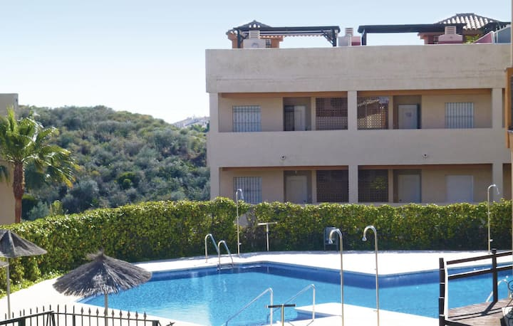 Beautiful home in Mijas Costa with WiFi and 2 Bedrooms
